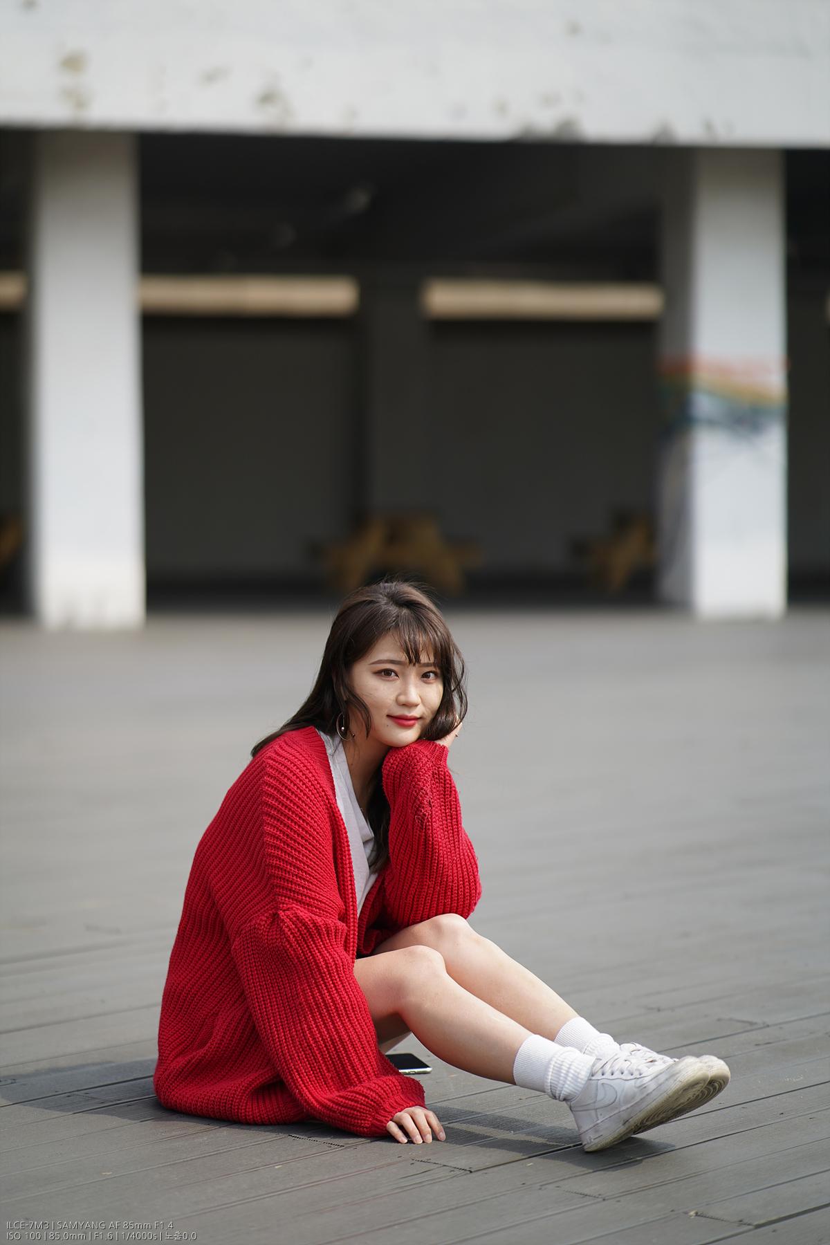 samyang_AF85_F14_FE